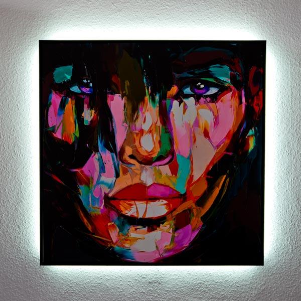 rahmen-lachner-muenchen-leinwand-LED-hintergrund-beleuchtung